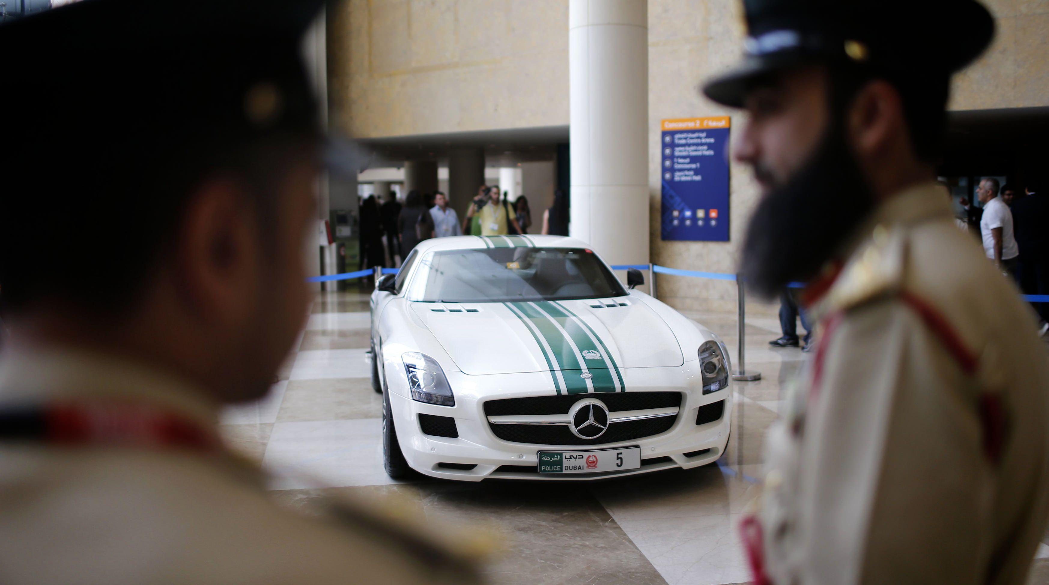 Island Detail And Color | Dubai Police 2